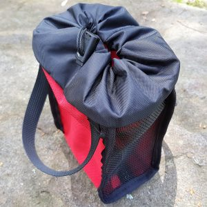 Pull cord bags